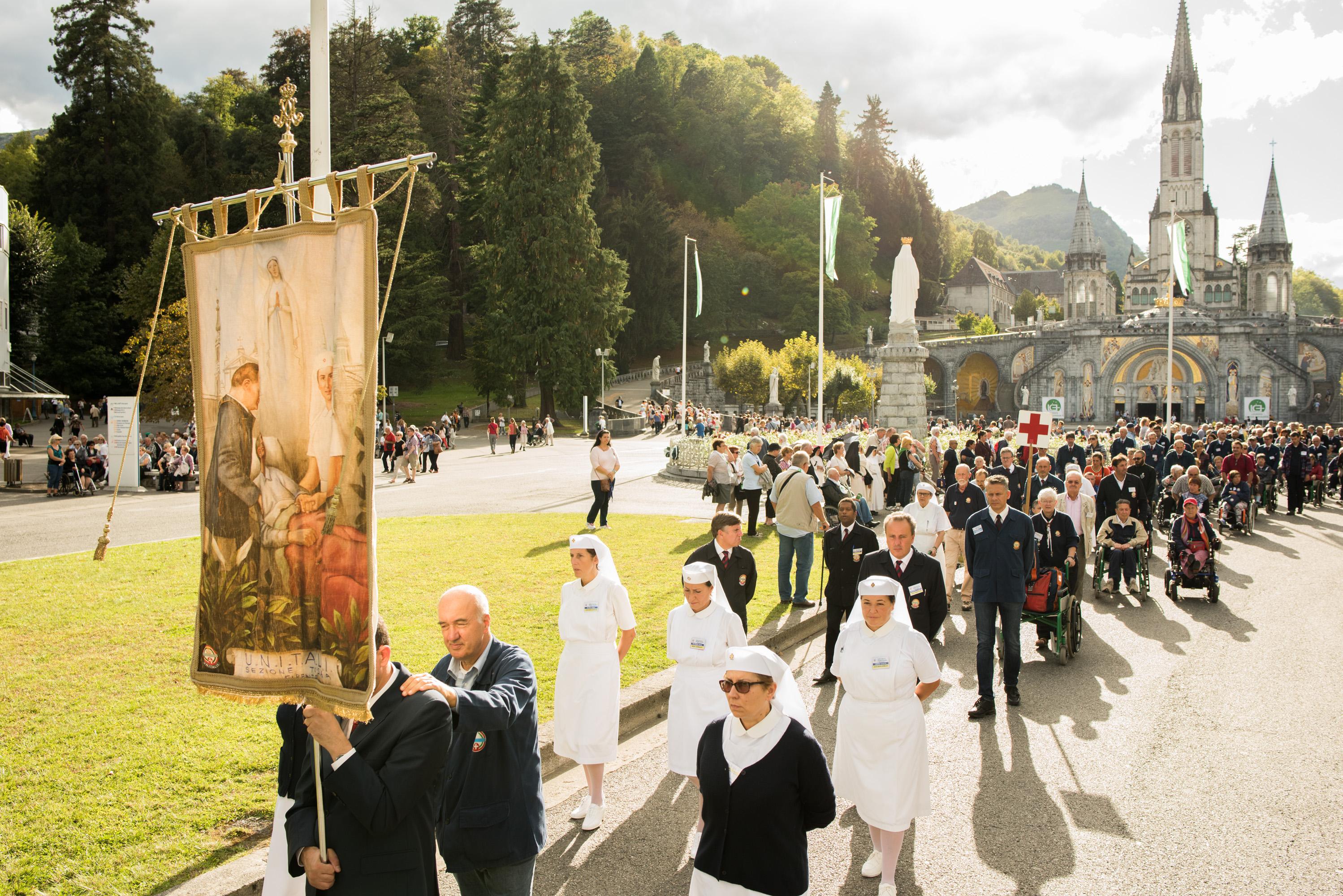 Calendrier Des Pelerinages Lourdes 2019.Pelerinage National Italien De L Unitalsi