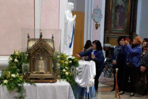 santa-bernadette-spoglie-chiesa-della-marina-1