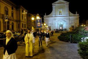 santa-bernadette-spoglie-chiesa-della-marina-14
