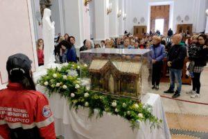 santa-bernadette-spoglie-chiesa-della-marina-2