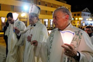 santa-bernadette-spoglie-chiesa-della-marina-20