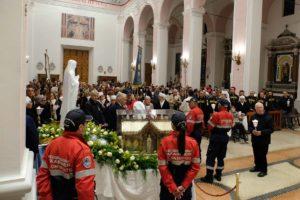 santa-bernadette-spoglie-chiesa-della-marina-8