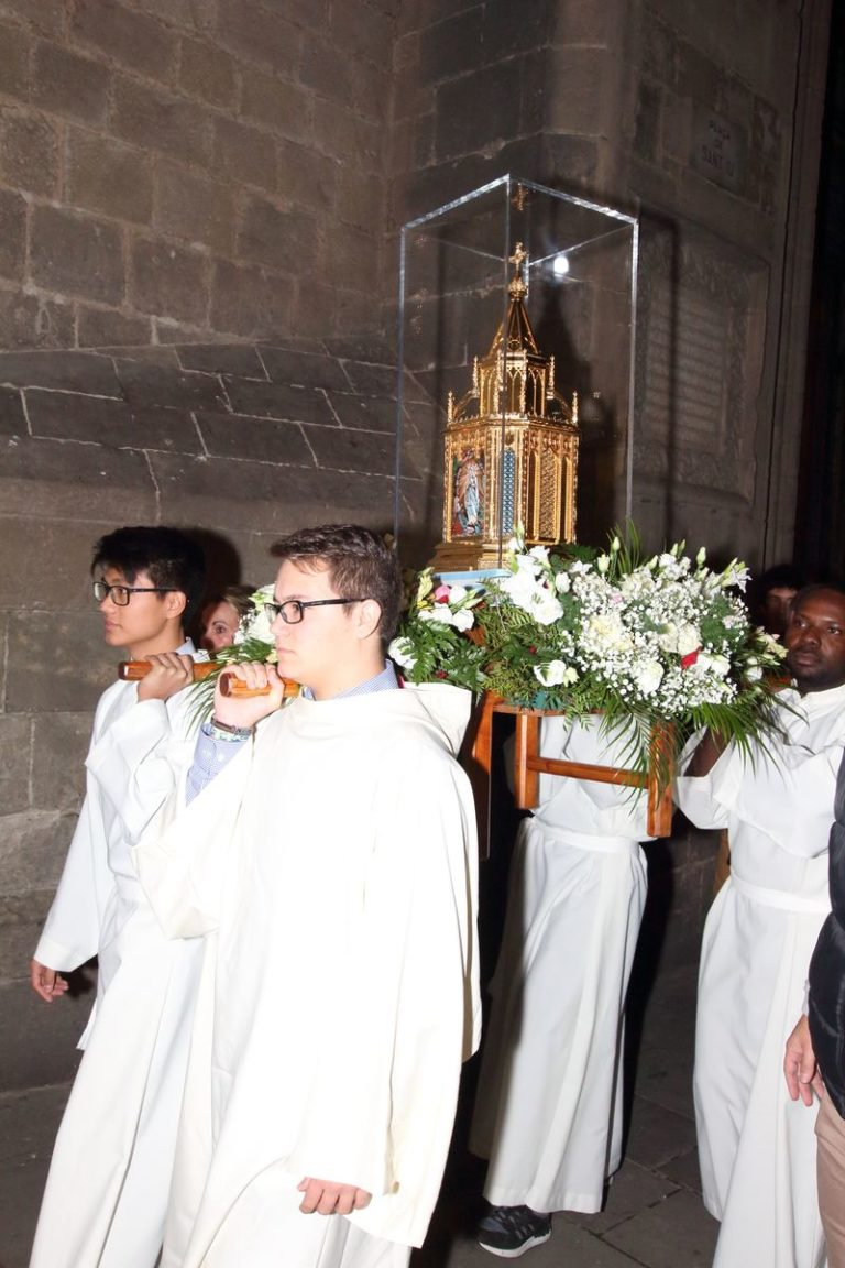 reduit_Barcelone-Procession_0674